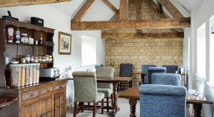 Lowerfield Farm, Willersey, Broadway: Breakfast Room