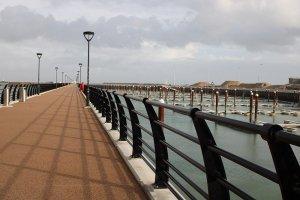 Pier und neue Marina